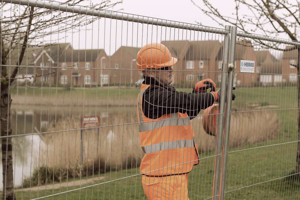 3D M400 Mobile fence - spikes